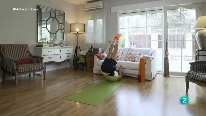 Muévete en casa - Trabajo de piernas y abdomen