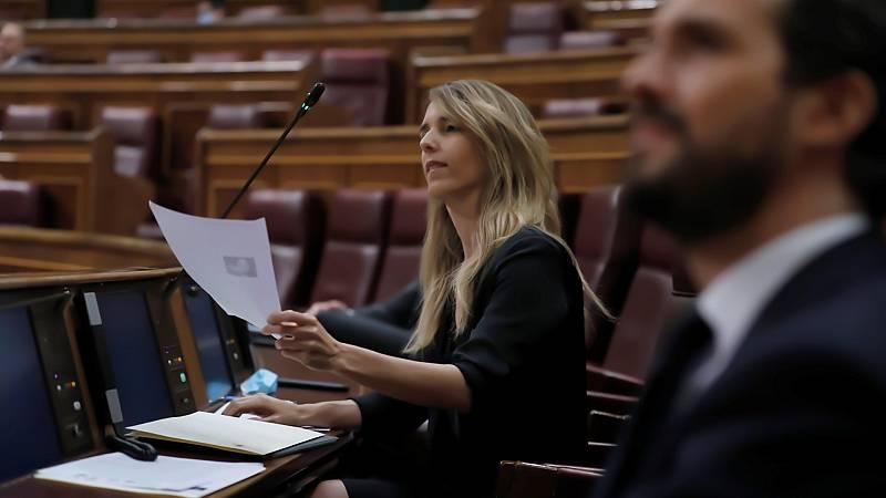 """Cayetana Álvarez de Toledo llama """"hijo de terrorista"""" a Pablo Iglesias en una tensa sesión en el Congreso"""