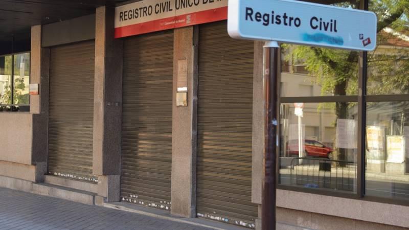 Las dificultades en los registros civiles han podido suponer un retraso en las notificaciones de fallecidos