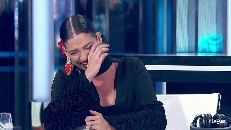 Natalia sufre un ataque de risa al ver las caídas de Anajú