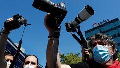 Protestas de reporteros gráficos por el veto a la cobertura de la Liga en la desescalada