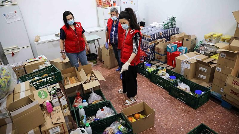 Cruz Roja atiende a personas sin techo en colaboración con el ayuntamiento de Sabadell