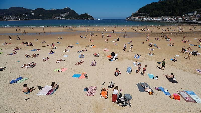 Los ayuntamientos empiezan a tomar medidas para evitar aglomeraciones en las playas
