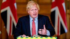 Críticas a la desescalada programada por Boris Johnson en el Reino Unido