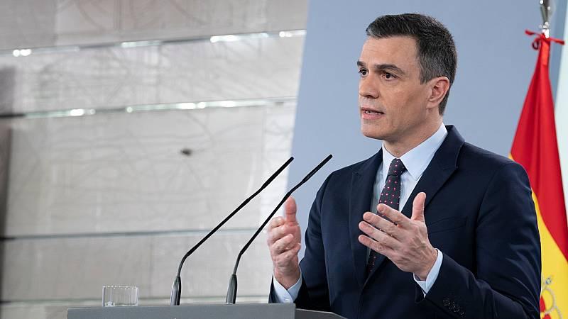 """Sánchez: """"A todos les pido que usen la bandera de España como una bandera de paz y futuro, nunca como división ni provocación"""""""