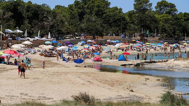 Vídeo: El Gobierno se plantea levantar la cuarentena para turistas extranjeros el 21 de junio
