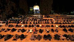 Este domingo ha vuelto a abrir Al Aqsa, la mezquita de Jerusalén