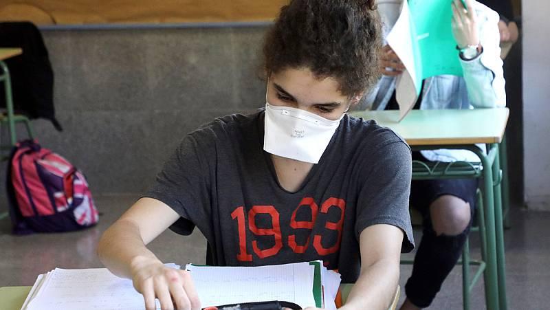 Vídeo: Los alumnos se enfrentan a los exámenes finales de manera online