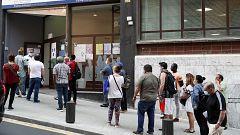 La oposición critica al Gobierno por el desempleo y los agentes sociales confían en las medidas