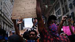 Las protestas vuelven a desafiar los toques de queda en las principales ciudades de EE.UU.