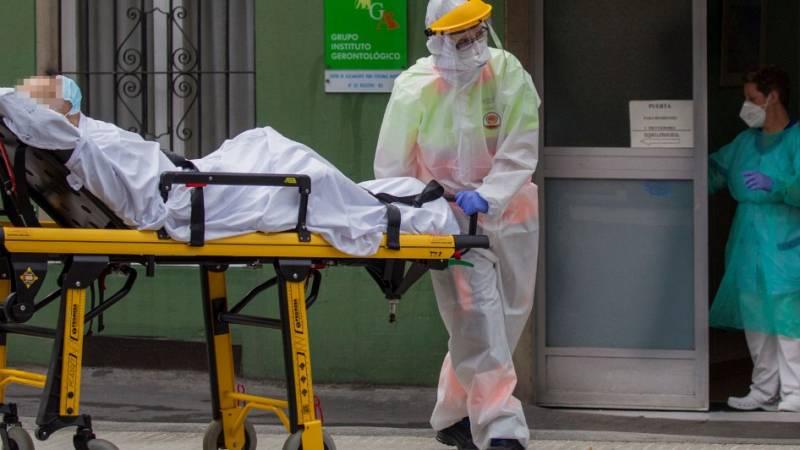 Simón sitúa la tasa de letalidad global de coronavirus en España en torno al 11%, con una tendencia a la baja