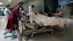 Las muertes se dispararon en el pico de la epidemia, con 47.000 fallecidos más en dos meses