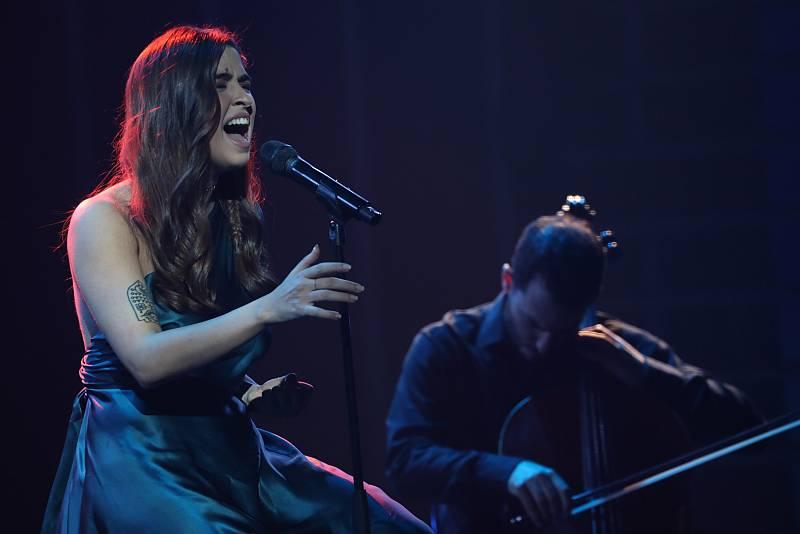 """Anajú canta """"Nana del Mediterráneo"""", de María José Llergo, en la Gala 12 de Operación Triunfo 2020"""