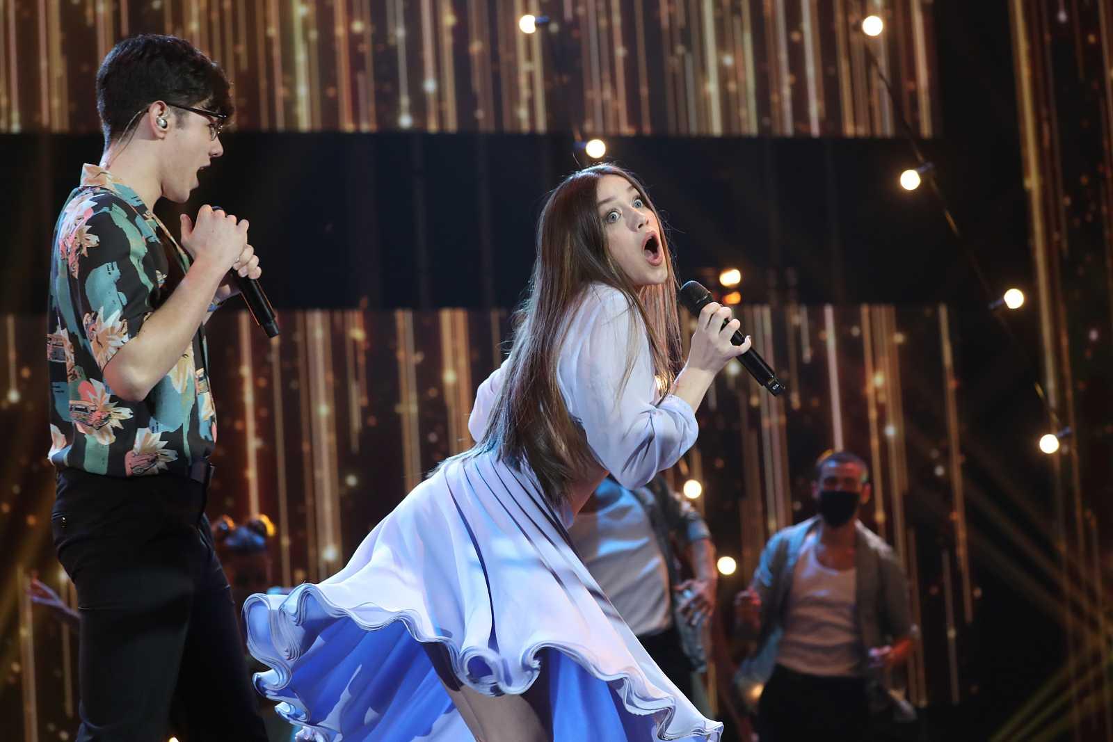 """Eva y Flavio cantan """"Hey! Baby"""", de Bruce Channel (vs. DJ Otzi & The Bellamy Brothers), en la Gala 12 de Operación Triunfo 2020"""