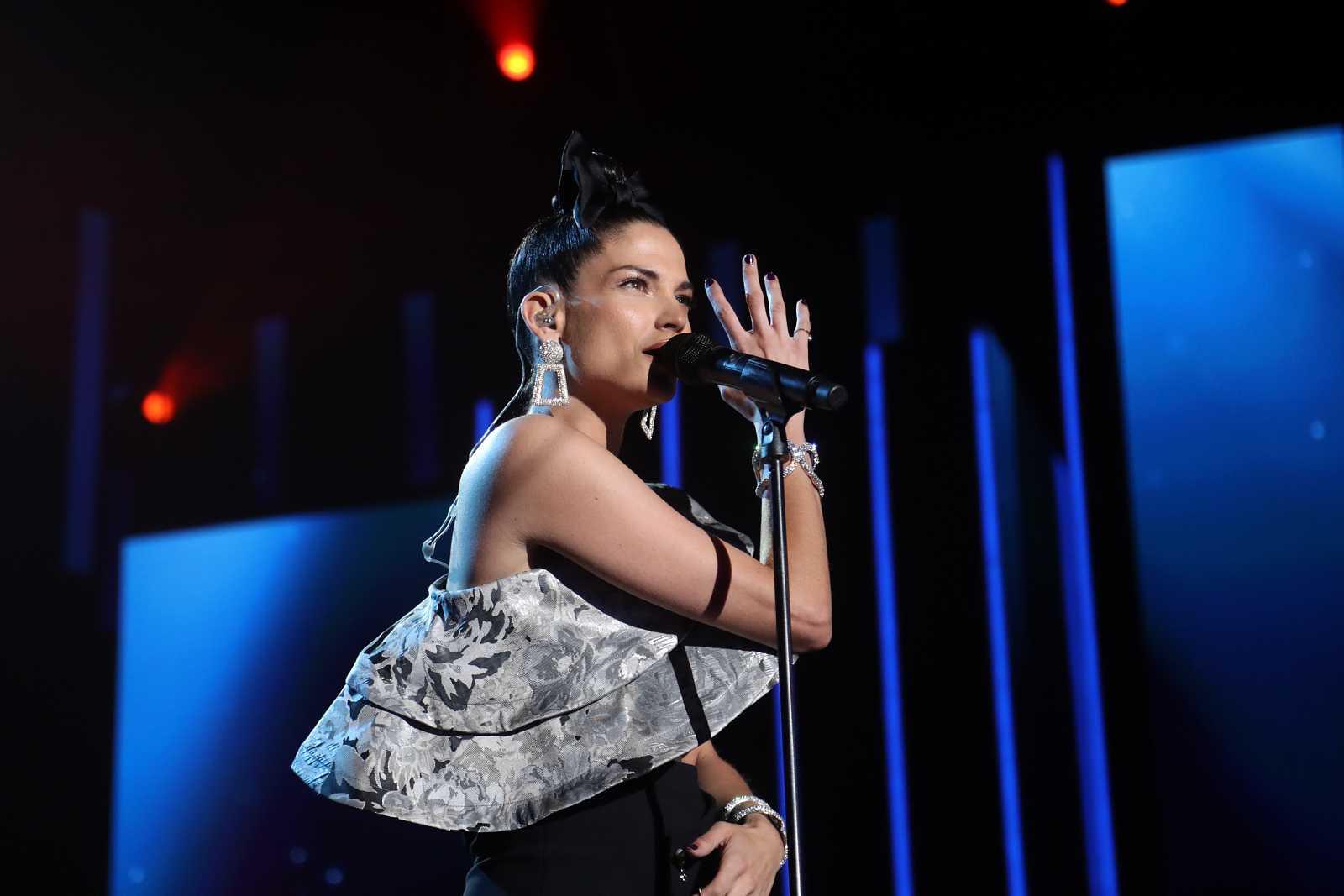"""Natalia Jiménez canta """"El lado izquierdo de la cama"""", de Gala, en la Gala 12 de Operación Triunfo 2020"""