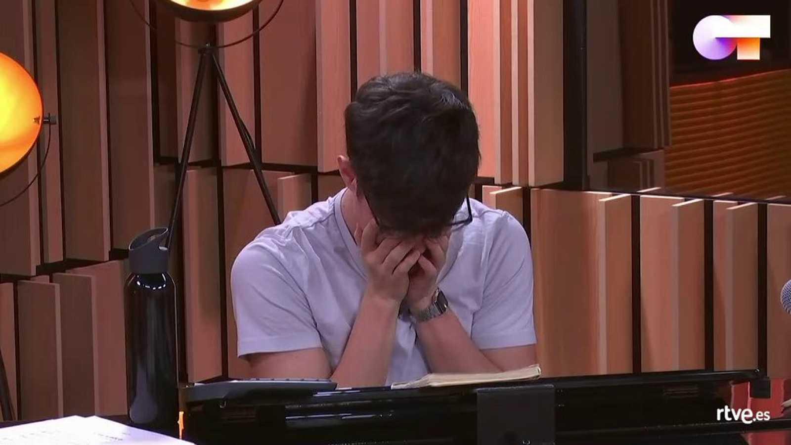 Flavio rompe a llorar al pensar en Samantha y Maialen, expulsadas en la última gala de Operación Triunfo
