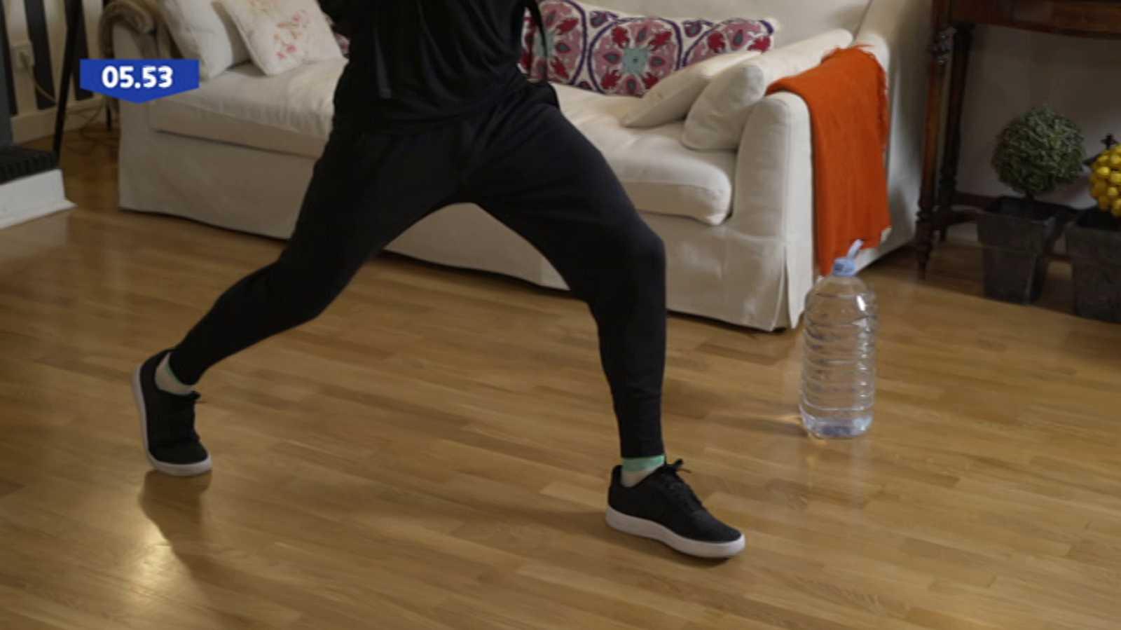 Muévete en casa - Programa 55 (Fuerza y trabajo cardiovascular) - ver ahora