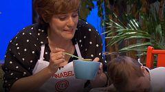 Masterchef Celebrity 2 - Anabel Alonso le da de comer a un bebé una papilla terrible