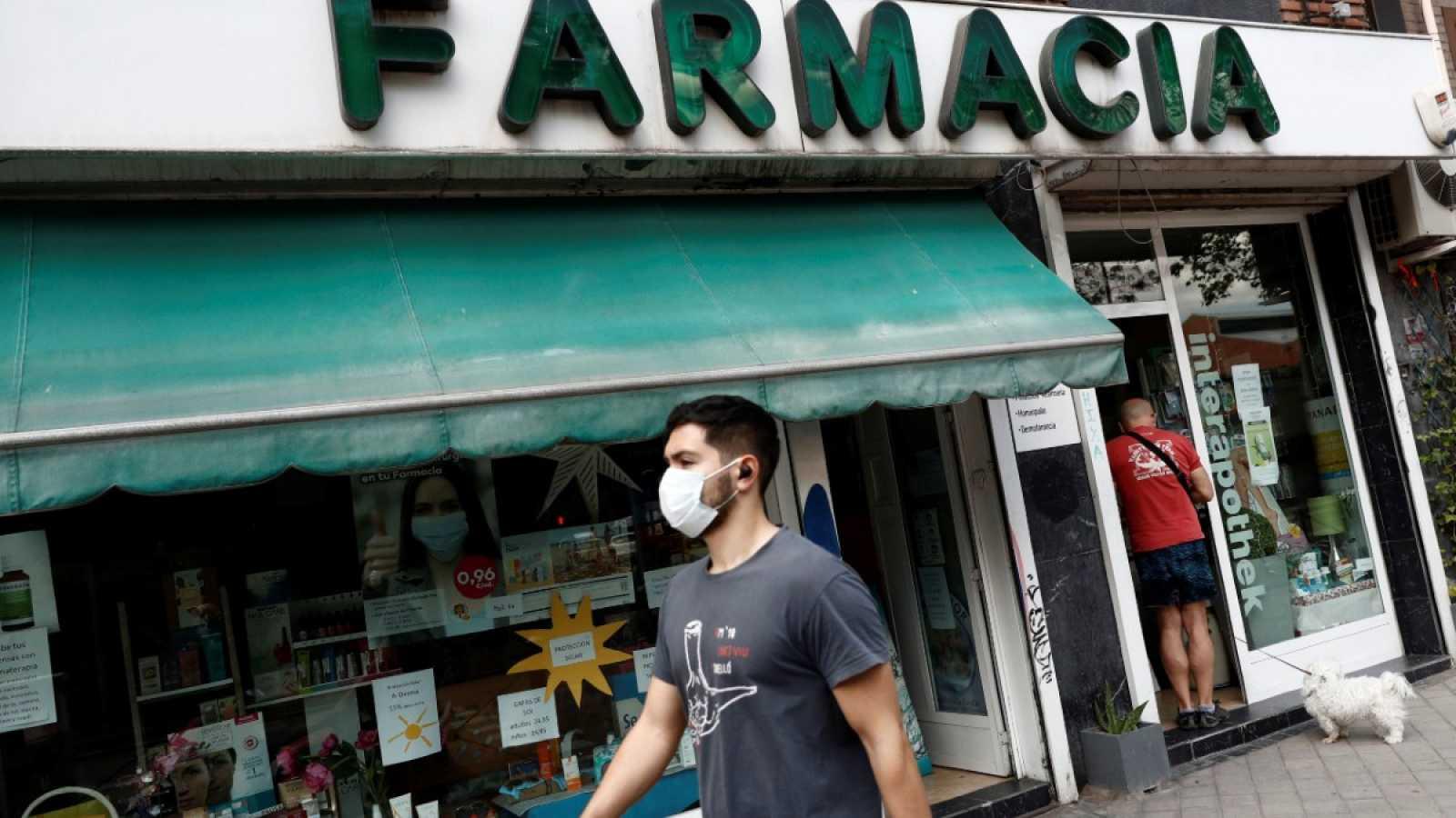 El Gobierno ultima un decreto que contempla multas de hasta 100 euros por ir sin mascarilla