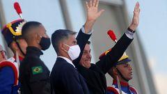 El coronavirus azota a Brasil y crece la tensión política