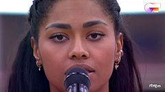 """OT 2020 - Nia canta """"Say Something"""" en el primer pase de micros de la Gala Final de Operación Triunfo"""