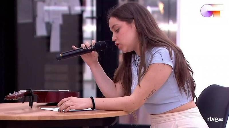 """Eva canta """"Dumb"""", de Eva, en el primer pase de micros de la Gala Final de Operación Triunfo 2020"""