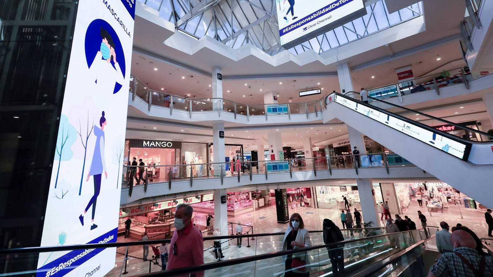 Abiertos desde este lunes los 568 centros comerciales que hay en España