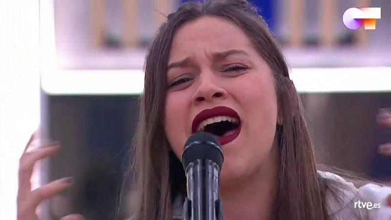 """Eva canta """"People Help The People"""", de Birdy, en el segundo pase de micros de la Gala Final de Operación Triunfo 2020"""