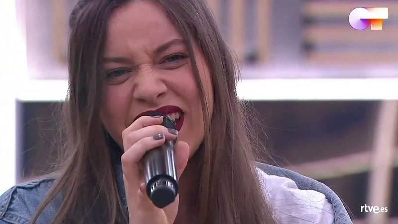 """Eva canta """"Dumb"""", de Eva, en el segundo pase de micros de la Gala Final de Operación Triunfo 2020"""