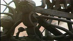 Arxiu TVE Catalunya - Gaudí i la música  - Piano a la Casa Vicens