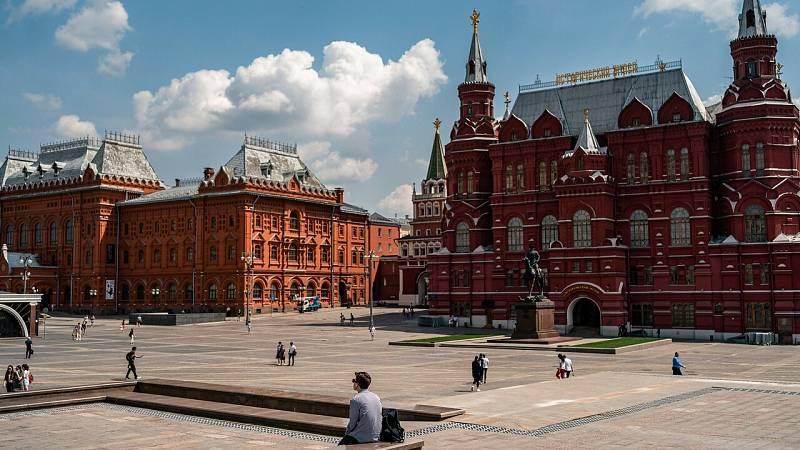 Moscú comienza su desconfinamiento con más de 485.000 contagiados en Rusia