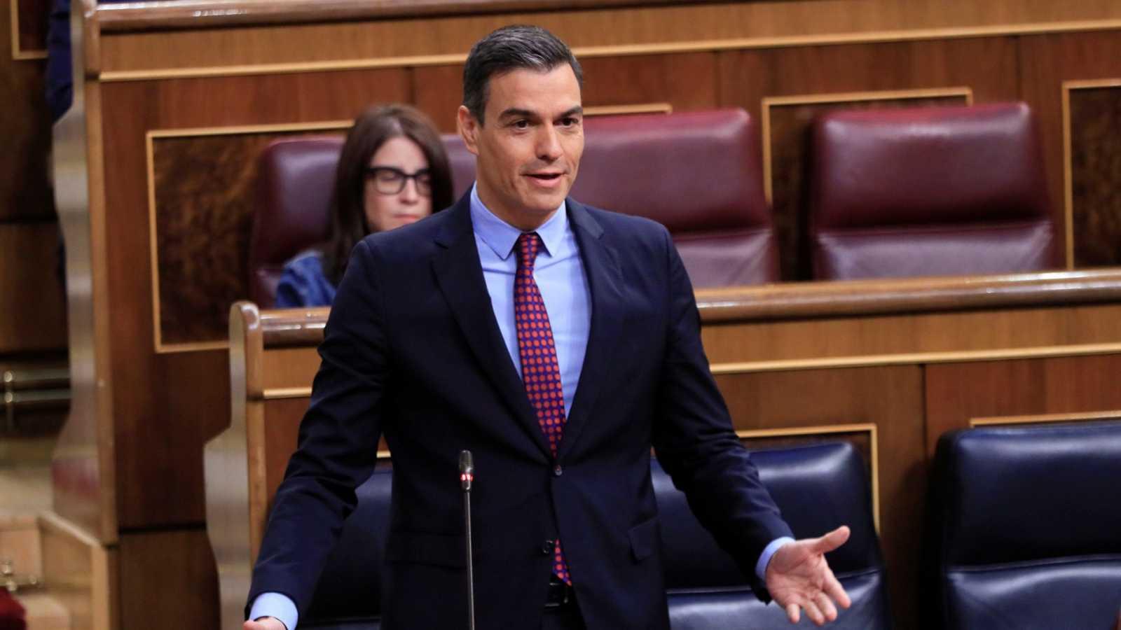 """Sánchez acusa a Casado de utilizar el coronavirus """"para hacer caer a un gobierno legítimo"""""""