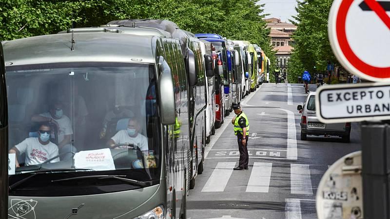 El sector del autocar, al borde del colapso ante la falta de ingresos