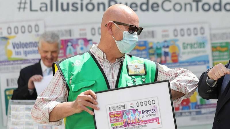 La ONCE vuelve a los sorteos homenajeando a los trabajadores