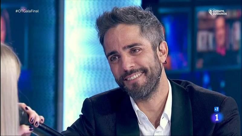 Homenaje sorpresa a Roberto Leal en la Gala Final de OT 2020