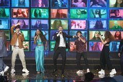 """OT 2020 - OT 2020 canta """"Díselo a la vida"""" en la Gala Final de Operación Triunfo"""