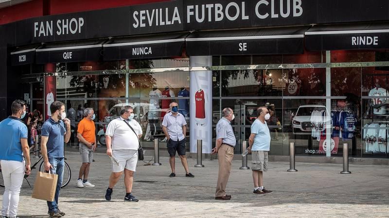 Bares y hoteles de Sevilla se adaptan al derbi
