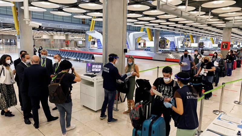 Continúan las cuarentenas de los viajeros que llegan a España