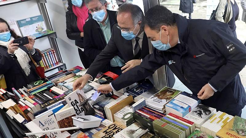 Santiago de Compostela acoge la primera feria del libro tras el confinamiento del coronavirus