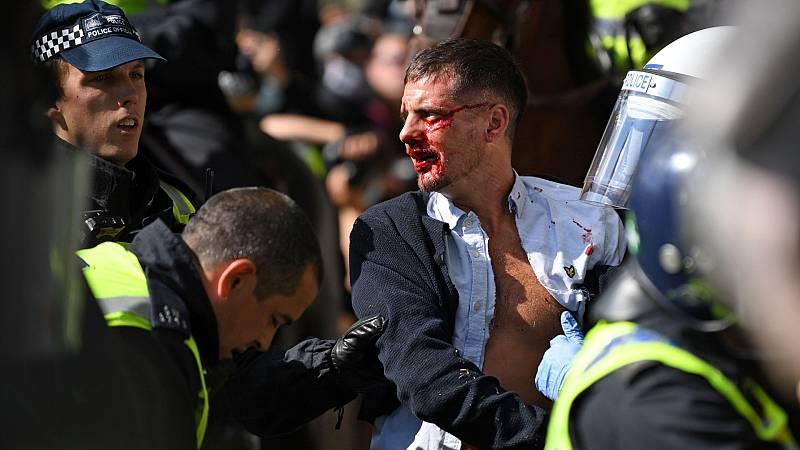 Varios heridos en enfrentamientos entre manifestantes en Londres
