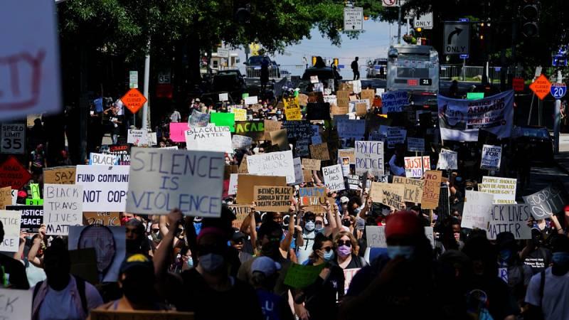 La muerte de un afroamericano a manos de un policía en Atlanta aviva las protestas en Estados Unidos