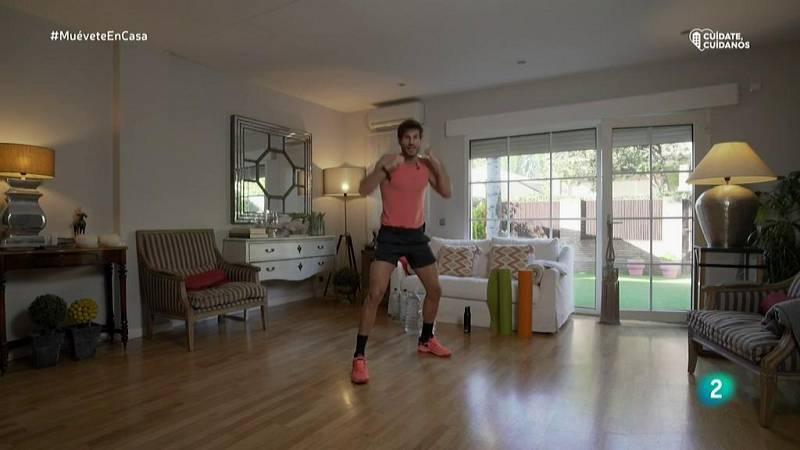Muévete en casa - Calentamiento con boxeo