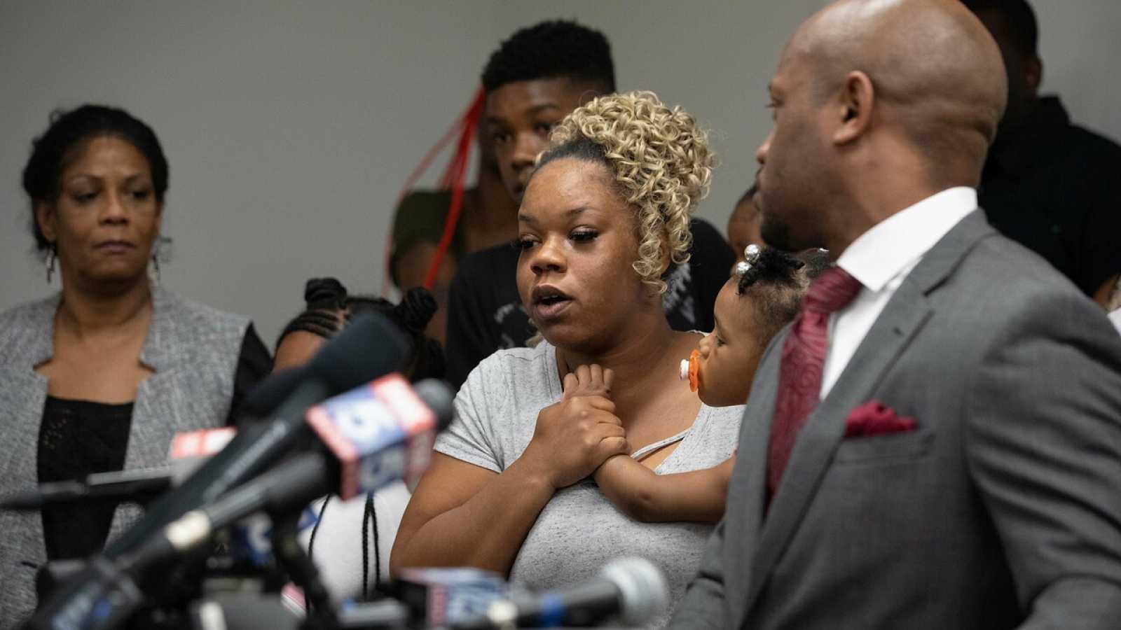 La familia del afroamericano asesinado en Atlanta pide un cambio en la mentalidad de la policía