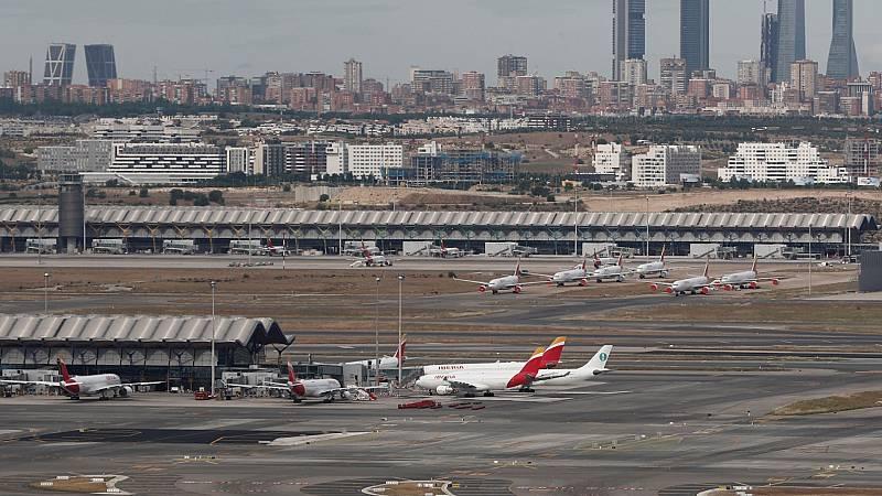 Sanidad continúa con los controles en puertos y aeropuertos para vigilar los casos importados