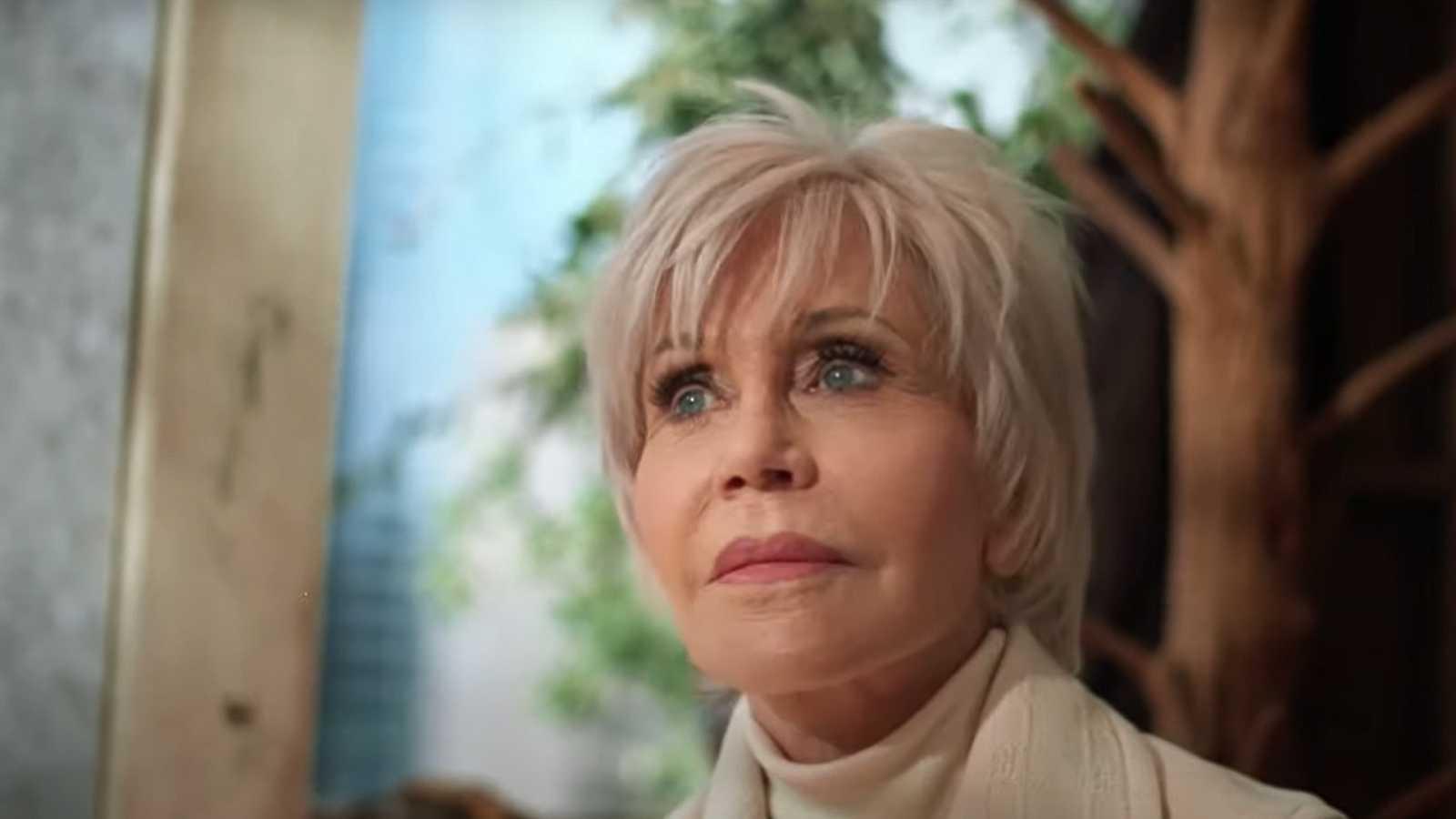 Jane Fonda, de activista detenida a modelo 'eco' de Gucci   RTVE