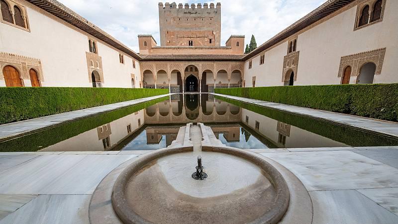 La Alhambra reabre al público con importantes medidas de seguridad