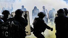 La detención de una enfermera en las protestas de París reactiva el debate sobre la violencia policial