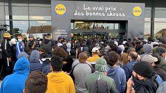 Disturbios a las puertas de un super en Francia por una PS4s