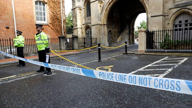 La Policía confirma que el apuñalamiento en Reading que dejó tres muertos fue un ataque terrorista