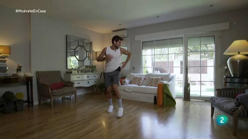 Muévete en casa - ¡Ponte en forma bailando con Cesc Escolà!